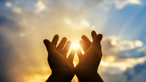 Pray Earnestly